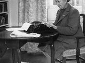 Agatha Christie, madre Poirot