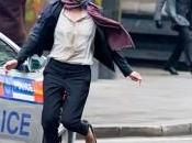 Milla Jovovich Pierce Brosnan primer tráiler 'Survivor'