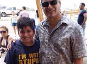 Niño inconscientemente dice estúpido Rafael Correa.