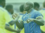 Adebayo akinfenwa cabe campo fútbol