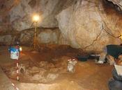 Descubren restos insólitos metal 3.100 años cueva Antonio Cunit (Tarragona)