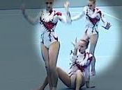 gimnastas desafiando límites equilibrio ejercicio roza perfección