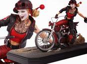Harley Quinn motoriza esta estatua línea Gotham City Garage.