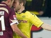tunecino Haggui( Hannover) canstigado partidos expulsión ante Borussia Dortmund