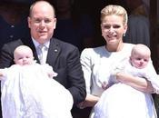 Alberto Charlene Mónaco bautizan hijos