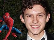 Holland será nuevo Spiderman. Watts director