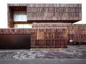 Villa Holanda construida materiales reciclados.