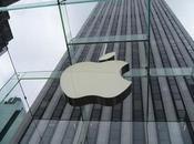 ¿Lanzará Apple operadora móvil?