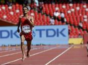 Al-Qwabani sorprende correr descalzo 5.000 metros