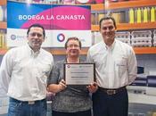 Banco Guayaquil inaugura Barrio número 5000 Quito.