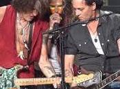 Hollywood Vampires deja Raise Dead