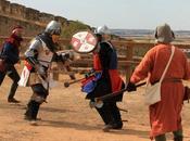 Cita combate medieval próximo puente octubre