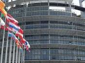 Parlamento Europeo sigue debatiendo sobre crisis refugiados