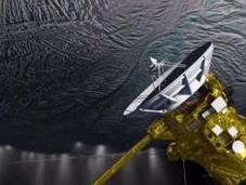 unas horas Cassini pasará través géiseres provenientes océano interior Encelado