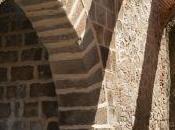 Puerta Miguel, Escalona