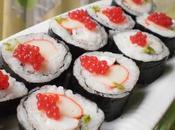 Maki sushi langostinos surimi huevas mujol