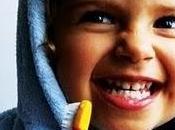 ☻Ausencia retraso formación dientes.