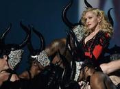 ACTITUD ANTIPROFESIONAL DESPECTIVA MADONNA corriente músico rock haga desear demore hora concierto. Pero Madonna Inglaterra, salió casi retraso insultando público protestaba, sob...