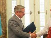 Kazajistán permitirá entrada cubanos visa