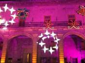 Palacio Municipal vistió gala iluminación escénica