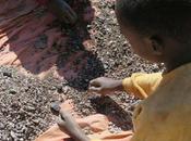 Apple, Samsung Sony están implicadas trabajo infantil