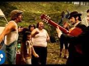 Canción para hoy: mano levantá-Macaco/Estopa