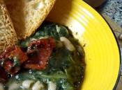 Sopa alubias verduras Menestra achicoria Fagioli cicorie pomodori secchi