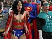 BANG THEORY: Leonard, Sheldon Liga Justicia