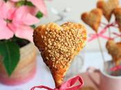 Sofá, comida, película música para Valentín completo.
