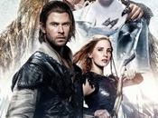 nuevo cartel oficial cazador reina hielo reúne todos protagonistas