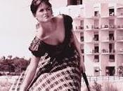 chica maleta ragazza valigia, 1961)