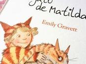 libros infantiles: gato Matilda Emily Gravett biblioteca nocturna Kazuno Kohara
