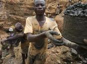 pone cuarto mitad uranio para enriquecer? Contrabando descontrol nuclear África