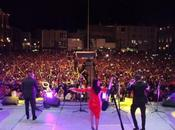 Sonora Dinamita hace bailar Plaza Fundadores
