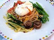 Espaguetis huevo escalfado