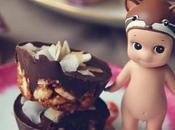 Petit fours chocolate, arroz inflado coco tostado