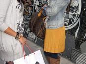 shopping tour ragazza