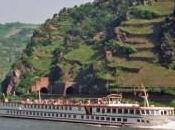 Naufraga barco cisterna 2.000 toneladas ácido sulfúrico bordo