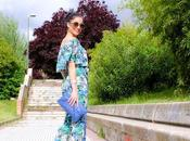LOOK Tropical off-the-soulders jumpsuit