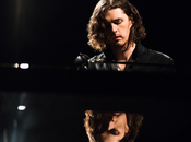 Hozier sorprende 'Better Love'