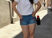Jeans+ white tshirt-----> combinaciones fallan!