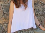 Como combinar falda larga color verde