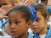 Cuba asesinan director escuela presencia alumnos.