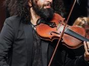 bebé violin bajo brazo encanta valencia
