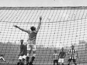 Invención introducción redes fútbol