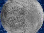 Hubble avista probables géiseres polo Europa