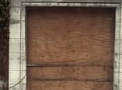 tapiado puerta...