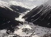 Cumbre Davos: vista irreal desde montaña