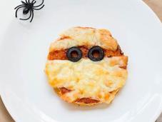 Pizza momia: recetas para Halloween!