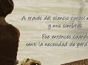 través silencio